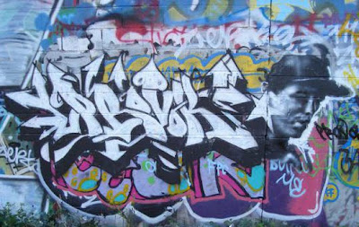 enews_Jesse_Edwards_-_Graffiti-cropped-creator
