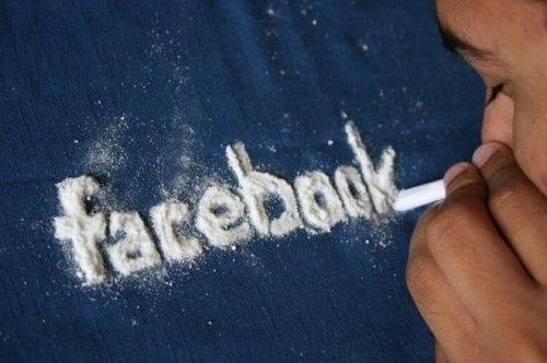 15 Formas divertidas de saber si usted tiene una adicción al Facebook
