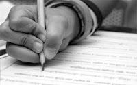 A escrita possue grande influência em seus artigos.