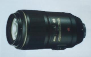 lensa makro adalah jenis lensa camera  ideal untuk mengambil foto close-up atau detail shot dari benda-benda yang berukuran kecil