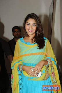 Richa-Gangopadhyay-in-Romance-Audio-Launch