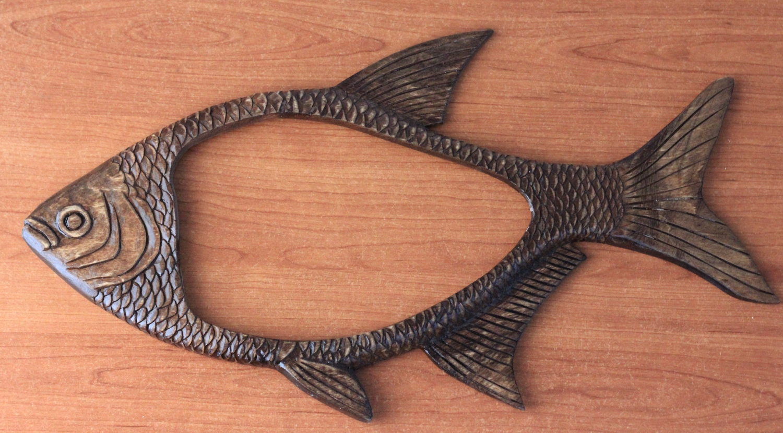 Резная фоторамка для рыбака Лещ