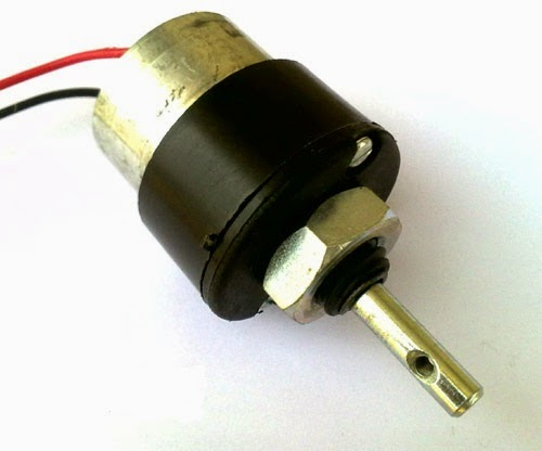 Do it yourself electronics blog dc motor control using avr we can start it stop it or make it go either in clockwise or anti clock wise direction we can also control its speed but it will be covered in latter solutioingenieria Images