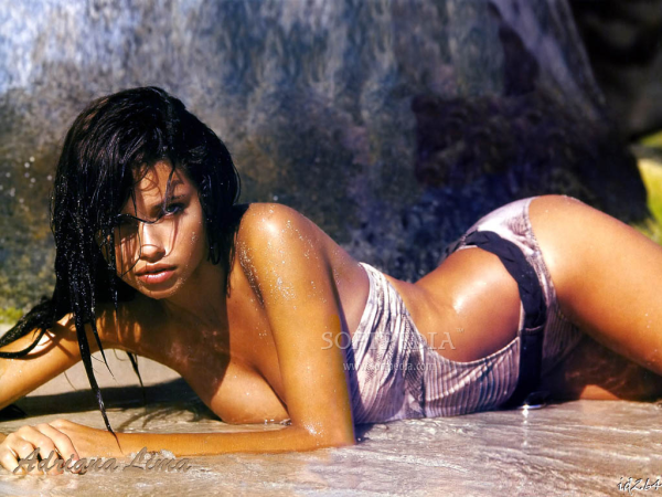 Sexy Hot Brazilian Women - Adriana Lima