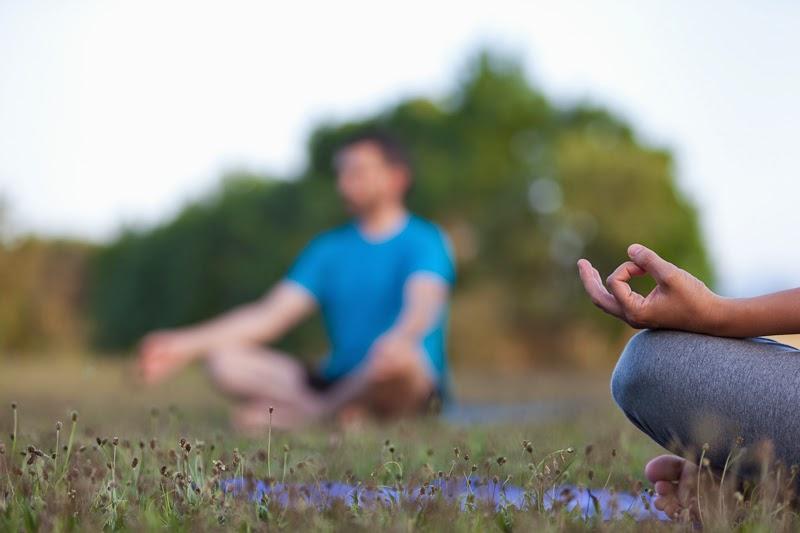http://stock.davidfajula.com/media/7af52cf2-efc3-11e3-a36e-f2b86e40979d-outdoor-yoga-practice-by-manlleu-based-yoga-academy-rangoli-r?hit_num=192&hits=223&page=8&per_page=24&prev=3704714c-efc3-11e3-8244-f2b86e40979d&search=sport