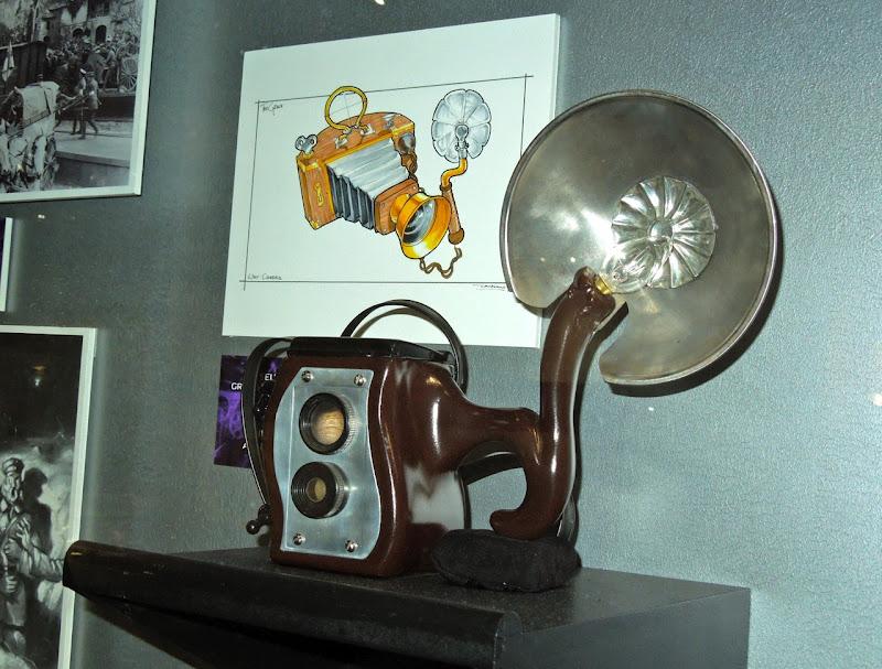 Grinch camera prop
