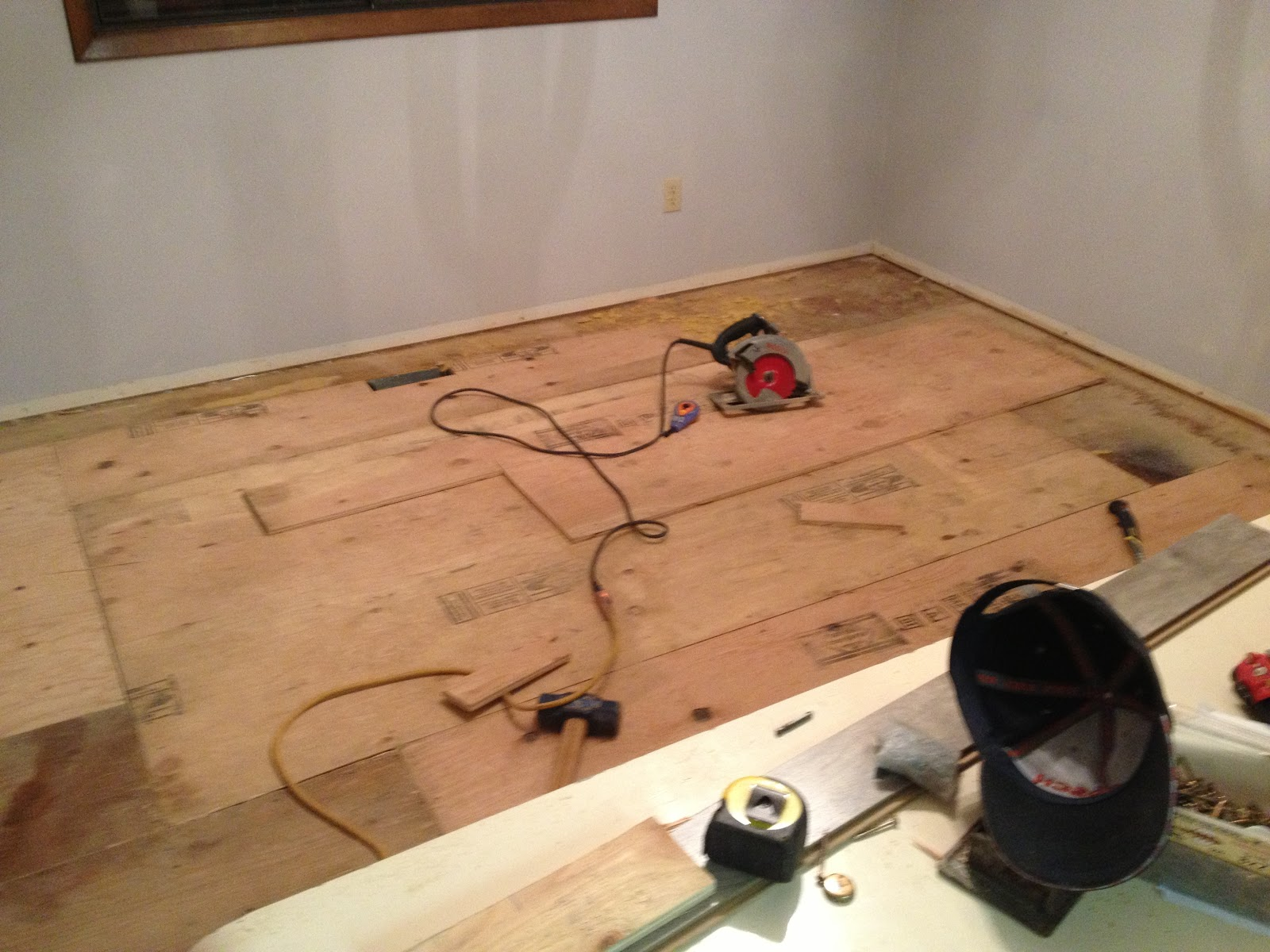Laminate flooring fix warping laminate flooring for Hardwood floors warping