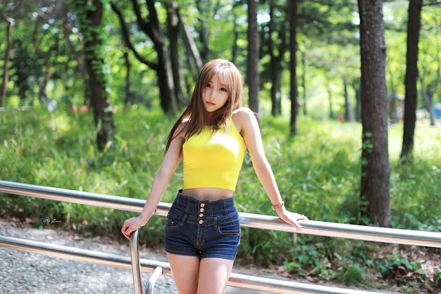 1 Mina - Outdoors Photo Shoot - very cute asian girl-girlcute4u.blogspot.com