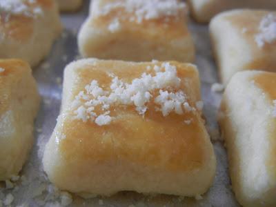 resepi daripada blog citarasa wan saya berjaya membuat biskut nie emmm