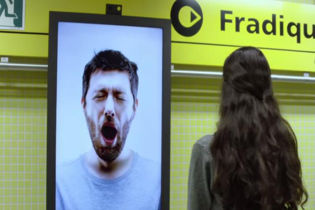 café pele, contagious billboard, billboard, valla publicitaria, bostezo, yawn