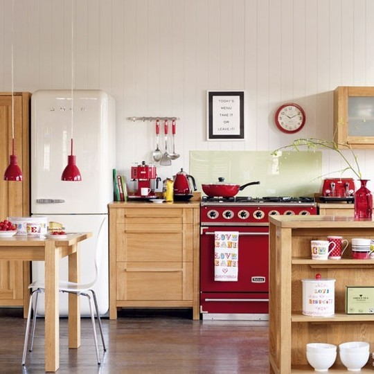 Gallery for white country kitchen red accents - White kitchen red accents ...