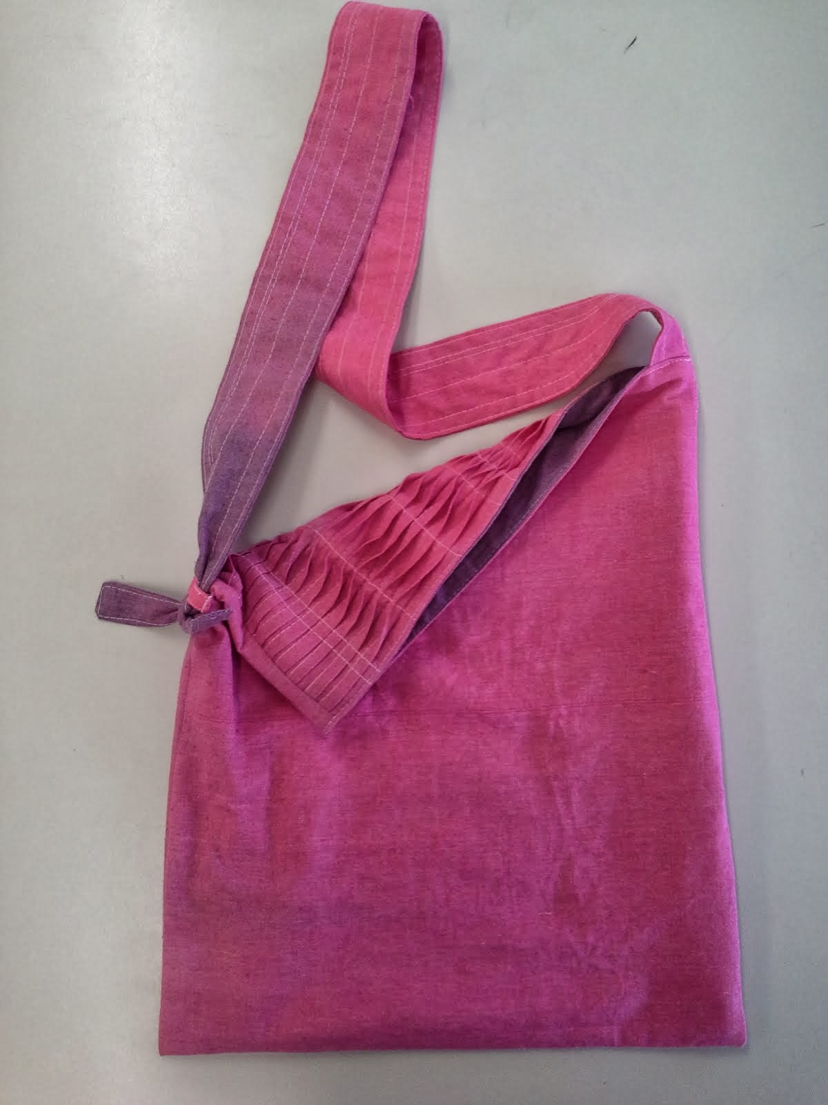 Double-over sling bag