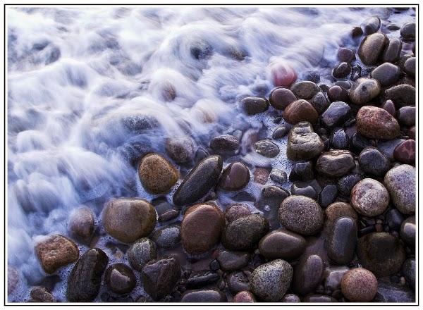 Kiesel am Strand