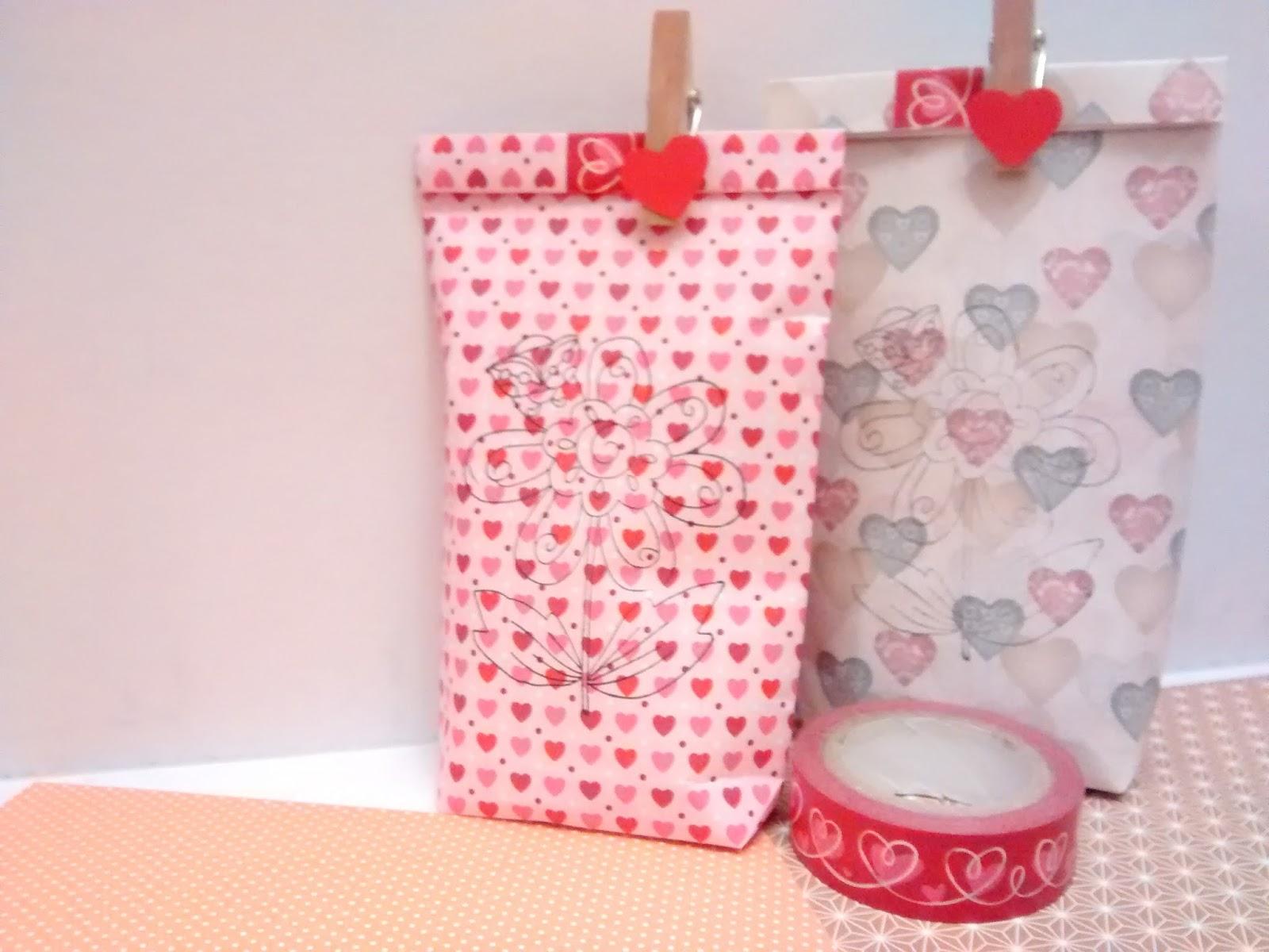 C mo hacer bolsas de papel para regalo gloriarte crochet - Como hacer bolsas de regalo ...