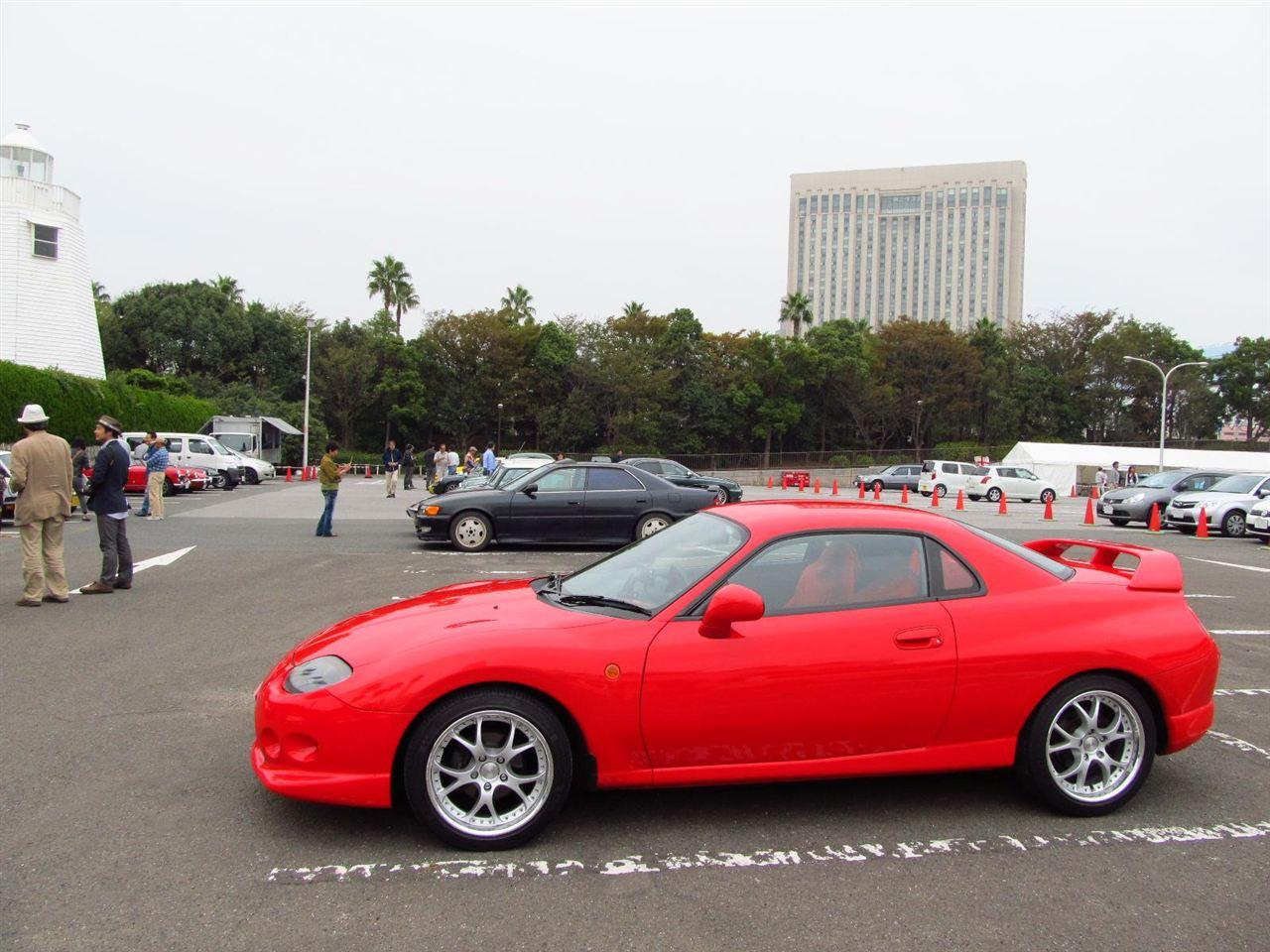Mitsubishi FTO, sportowy model, jdm, zdjęcia, FWD, V6, coupe, na rynek japoński, czerwony kolor nadwozia
