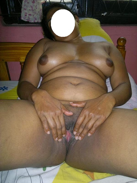 sabanti aunty exposed shaved pink pussy cunt   nudesibhabhi.com