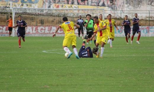 Bahia de Feira derrota Juazeirense