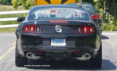 2015 ford mustang spied