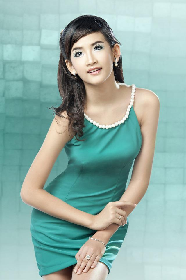 Yu Thandar Tin - Beautiful Myanmar Model | PAPAWADY