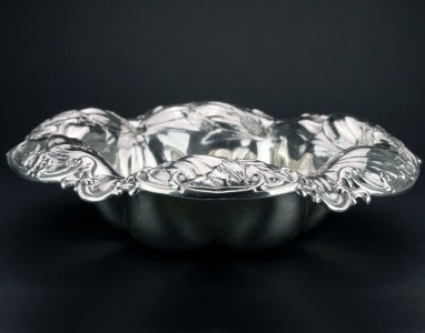 ANTIQUE 19thC ART NOUVEAU SOLID SILVER FRUIT BOWL, MERMOD & JACCARD CO c.1890