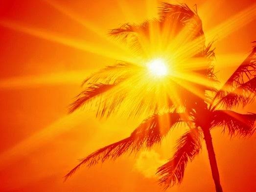 Sekitar 80% sinar matahari dapat menembus awan yang tipis atau kabut sehingga masih bisa mencapai kulit.