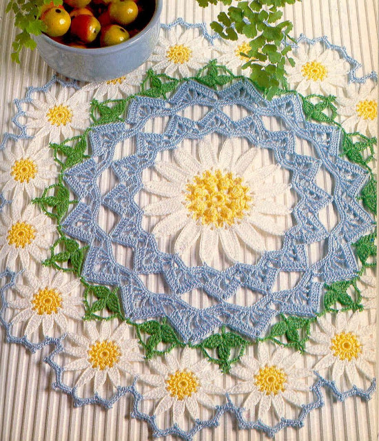 tejidos artesanales en crochet: carpeta margarita