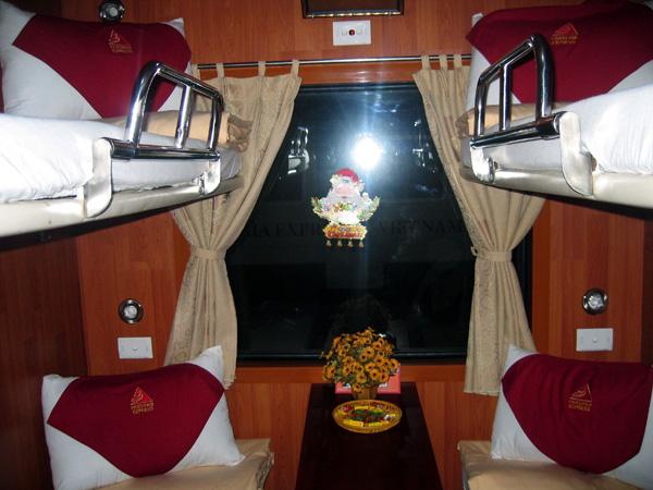 Cabin ốp gỗ Fanxipan train