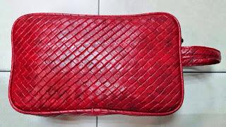 gambar clitch bag watna merah, harga murah, motif sulam, jual online clutch bag harga grosir
