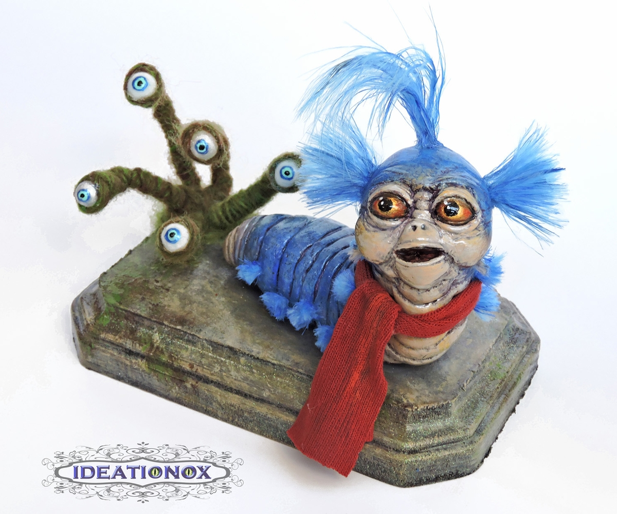 05-Just-a-Worm-Alyson-Tabbitha-IDEATIONOX-Labyrinth-Fan-Art-Dolls-Statues-and-Jewelry-www-designstack-co