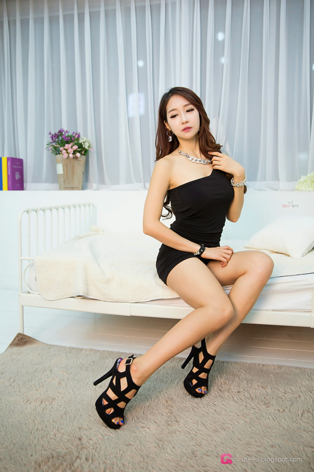 4 Lovely Eun Ji Ye In Studio Photo Shoot - very cute asian girl-girlcute4u.blogspot.com