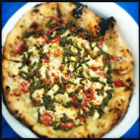 http://mauinow.com/2012/08/06/outrigger-pizza-best-pizza-ever/
