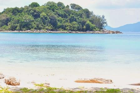 Pulau Ayam Anambas