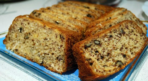 Oven Baked Walnut and Banana Cake