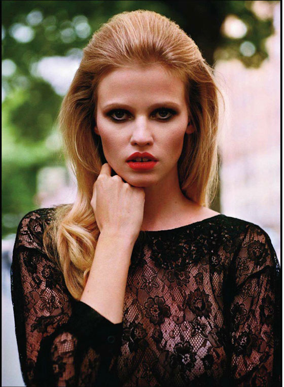 Lara Stone Vogue Paris Central Park