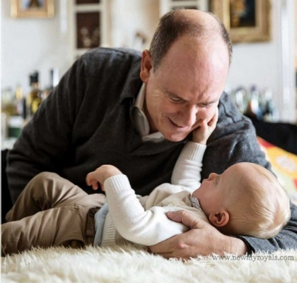 A new photo of Prince Albert and his twins Gabriella & Jacques