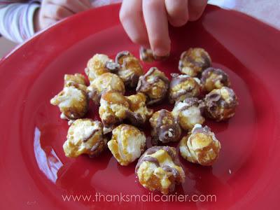 chocolate chunk caramel popcorn