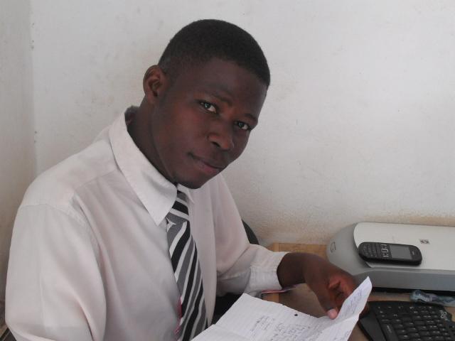 Leo Januari 8, ni siku ya kumbukumbu ya kuzaliwa kwa Mwanzilishi na mmiliki wa Malunde1 Blog, ijue historia yake hapa