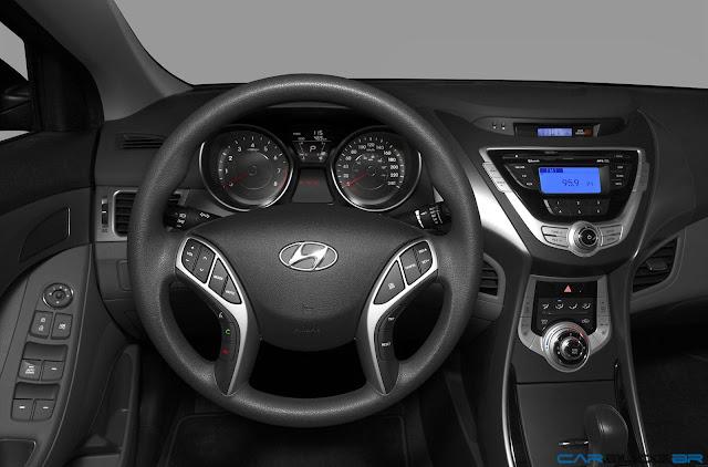 Hyundai Elantra GLS 2013 - interior - painel
