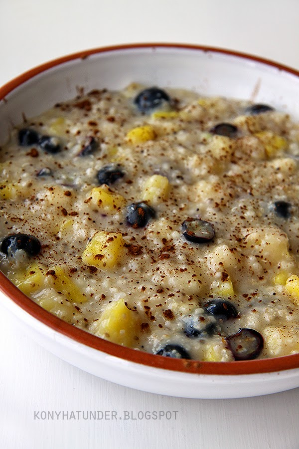 pineapple_blueberry_porridge