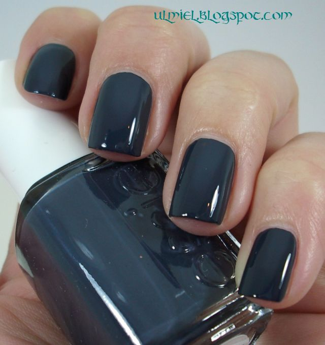 did someone say nail polish essie bobbing for baubles. Black Bedroom Furniture Sets. Home Design Ideas