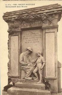 CPA monuments aux Morts du Puy-de-Dôme, Saint Sauves