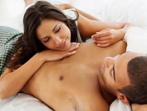 мъж и жена в леглото