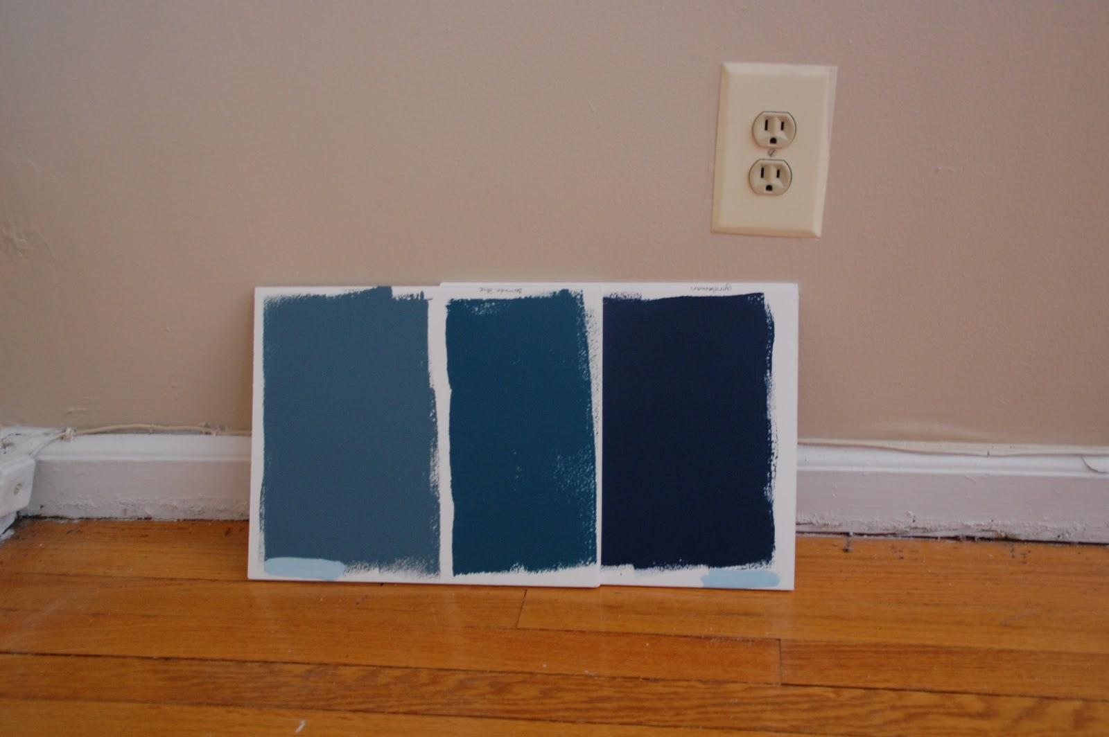 lisa moves bluey green or greeny blue or dark dark blue. Black Bedroom Furniture Sets. Home Design Ideas