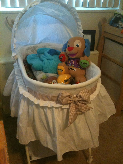 Bassinet Changing Table Combo7
