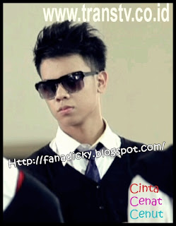 Putri Titian on Official Dicky Fanadicky Sm Sh