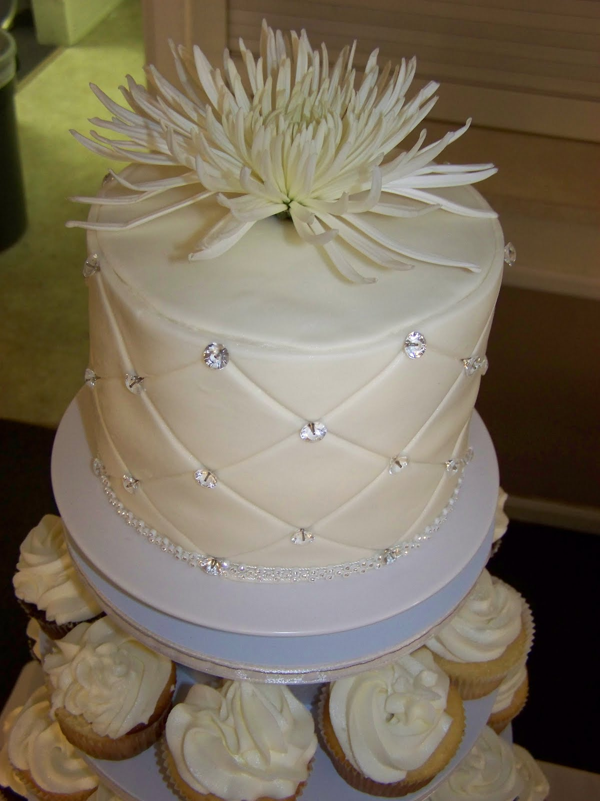 Cake-A-Licious: Diamond Anniversary Cake & Cupcake Tower