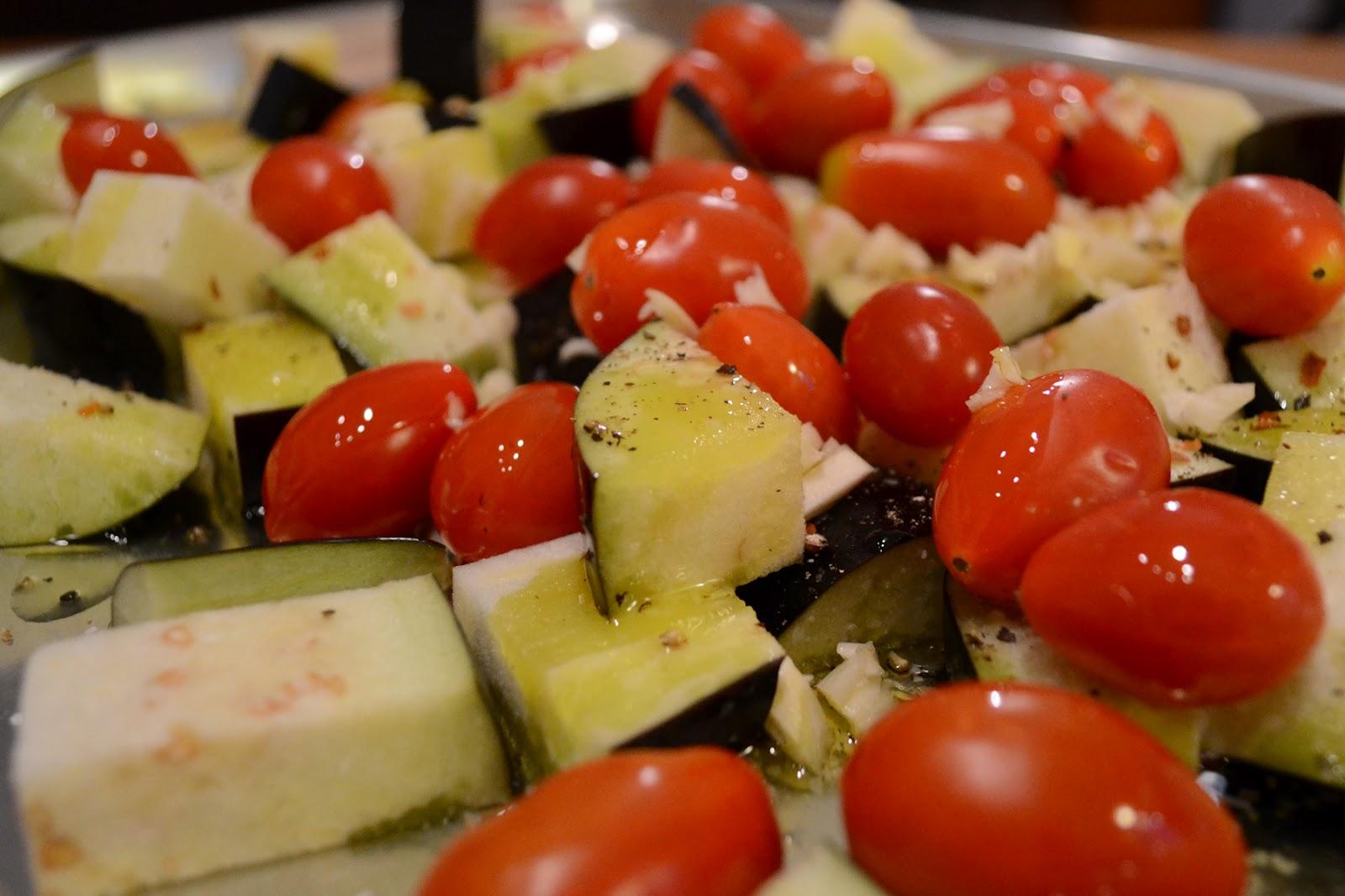 The Lucky Fox: Rigatoni with eggplant tomatoe puree