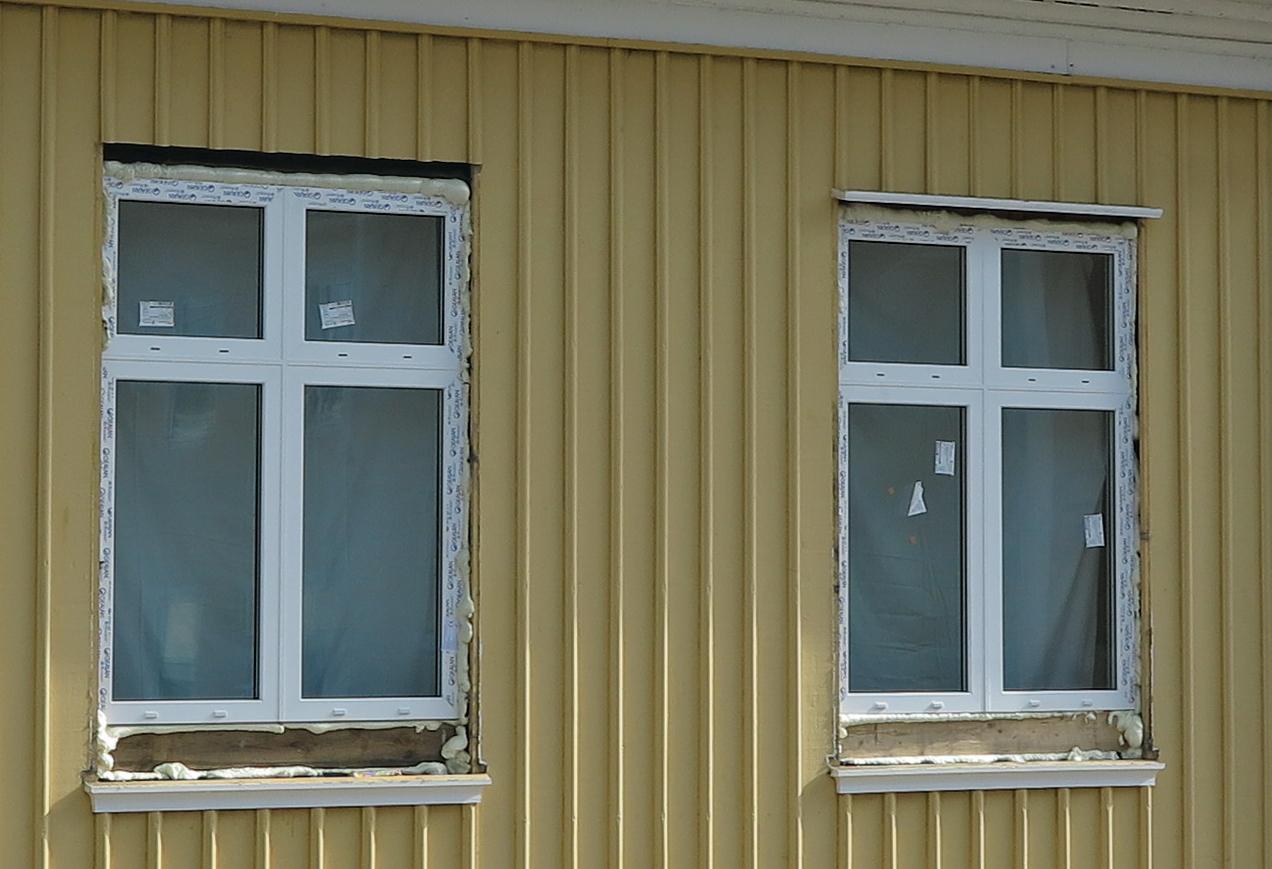uddevallabloggen.se: RÃ¥dman Blomstervalls hus har fÃ¥tt nya fönster : nya fönster : Fönster