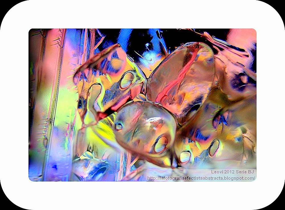 Foto Abstracta 3165  Esta noche han llovido ilusiones huecas - Tonight have rained hollow illusions