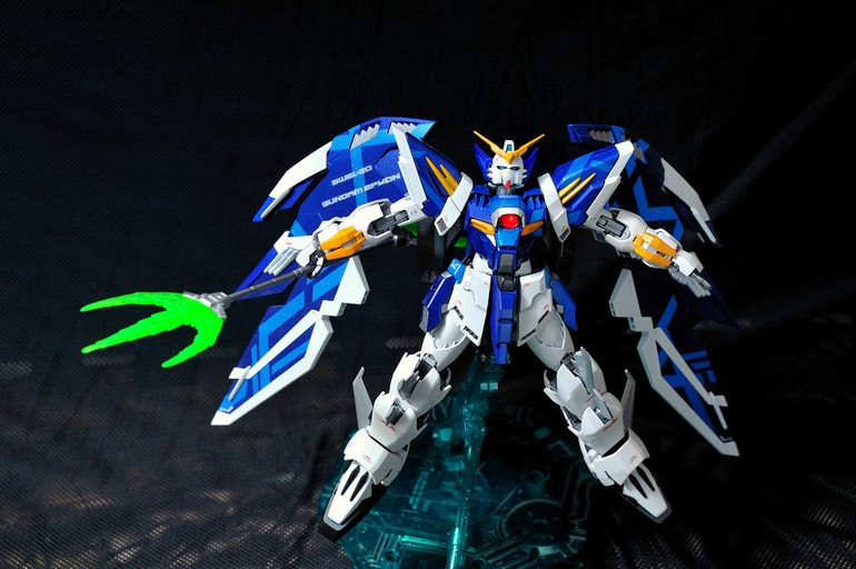 Custom Build: 1/100 White-Nataku / Epyon Bai - Gundam Kits ...